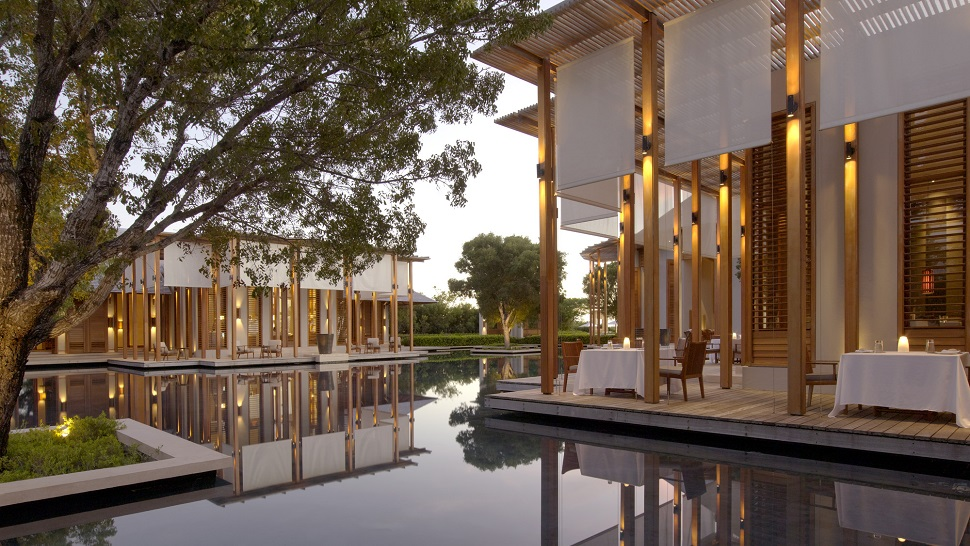 Hotel review amanyara turks caicos the luxury for Terrace restaurant charlotte