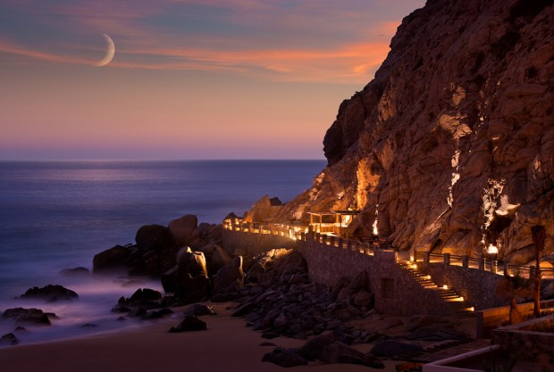 EL FARALLON SEASIDE GRILL