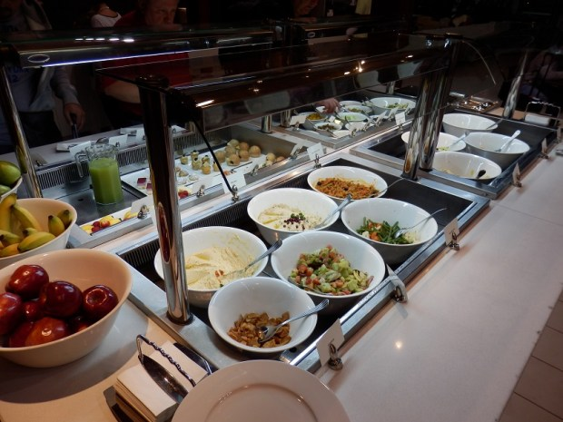 EMIRATES BUSINESS CLASS LOUNGE -BUFFET