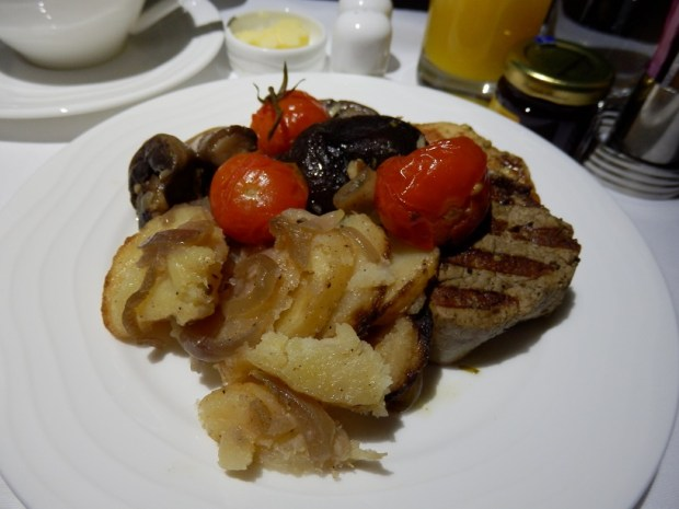 BREAKFAST: MIXED GRILL