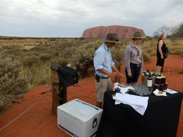 ULURU SUNSET TOUR: CANAPES