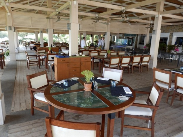 BEACH CLUB: RESTAURANT