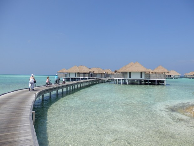 JETTY WITH VILLAS 401-418