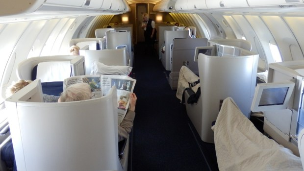 BRITISH AIRWAYS B747-400 BUSINESS CLASS