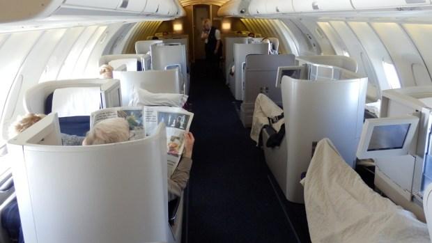 BRITISH AIRWAYS B747-400 BUSINESS CLASS