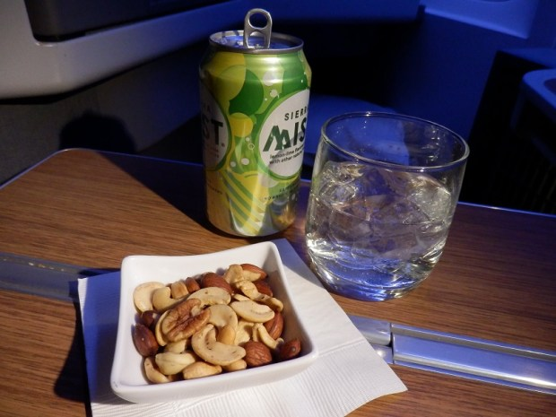 SOFT DRINK WITH WARM NUTS