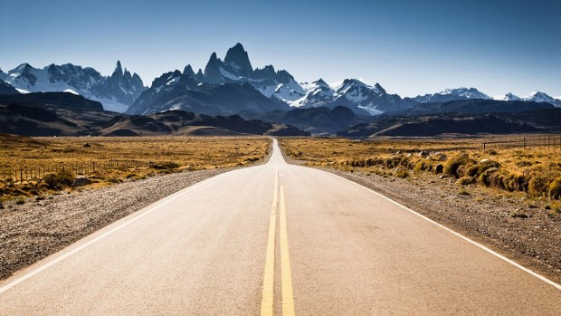 TOP 10 MOST SCENIC DRIVES IN THE WORLD