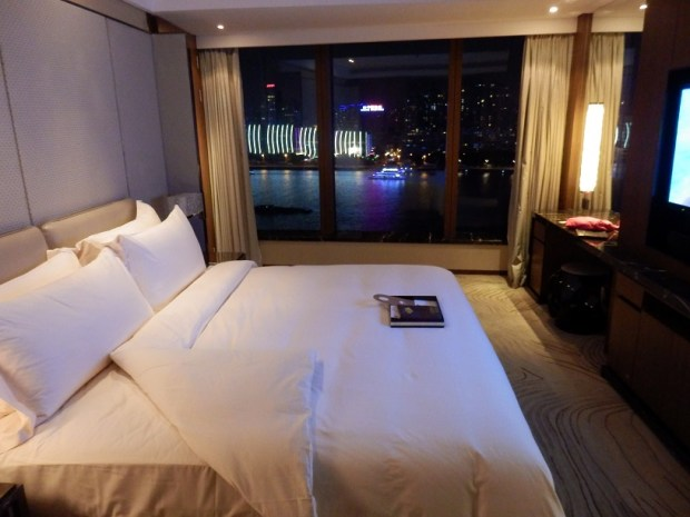 RIVER VIEW SUITE AT NIGHT