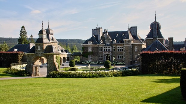 RELAX AT MANOIR DE LEBIOLES IN THE ARDENNES