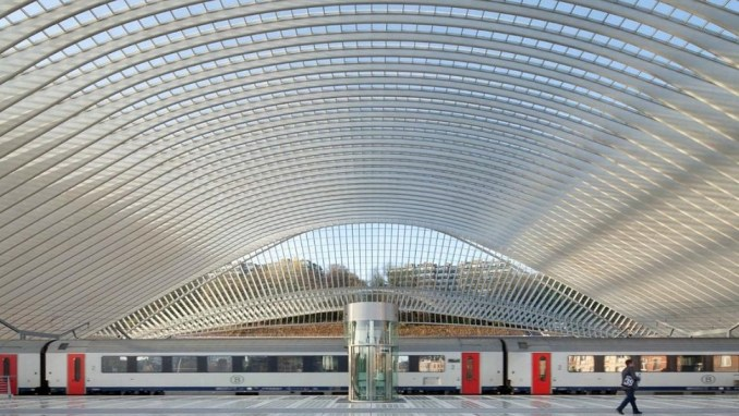 VISIT THE RAILWAY STATIONS OF ANTWERP AND LIEGE