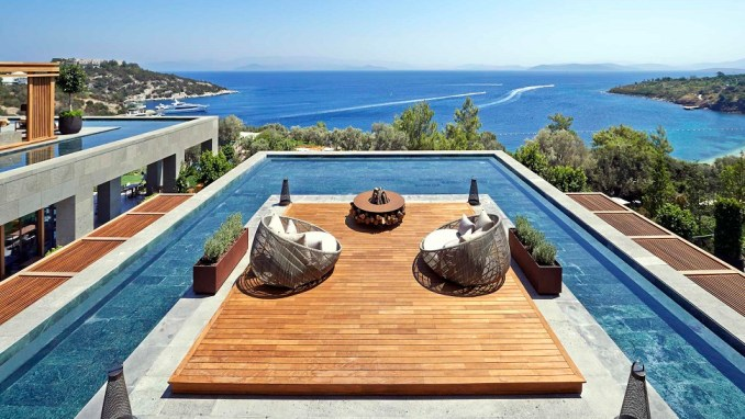 READ OUR TIPS & STAY FOR FREE AT THE ULTRALUXURIOUS MANDARIN ORIENTAL HOTEL IN BODRUM, TURKEY