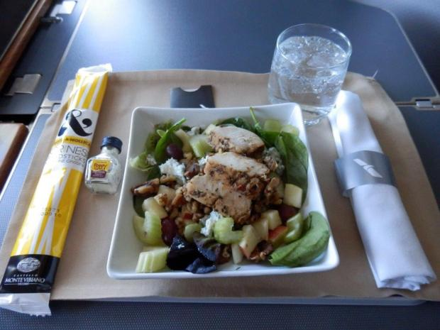 LIGHT LUNCH (60 MIN BEFORE LANDING): WALDORF SALAD