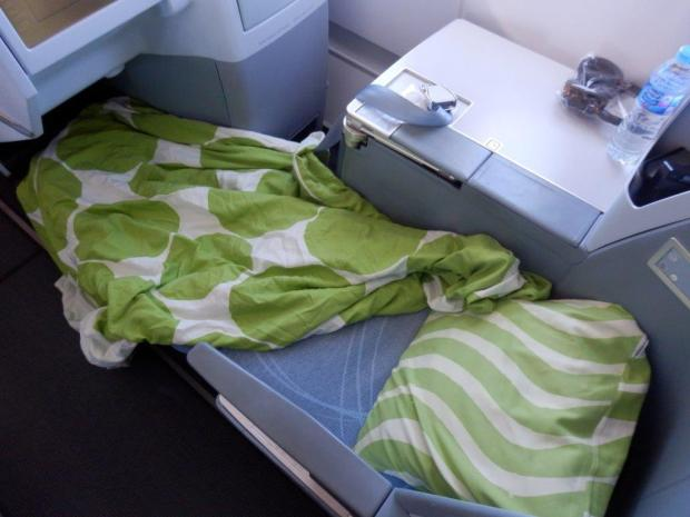BUSINESS CLASS SEAT 5L IN LIE FLAT POSITION