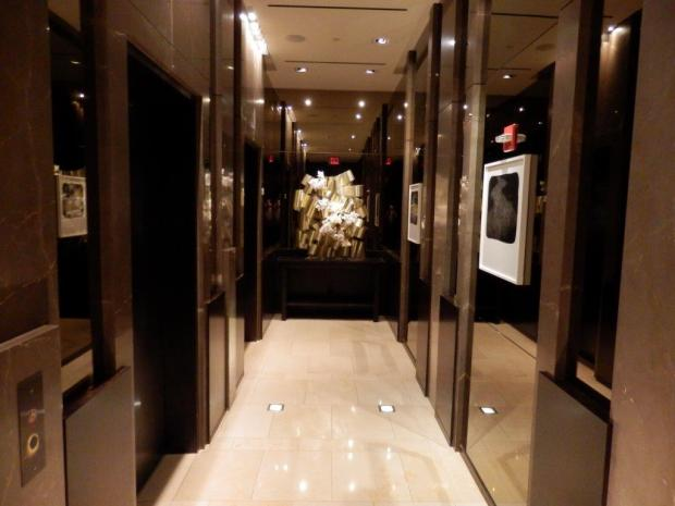 LOBBY - ELEVATOR TO GUEST ROOM FLOORS