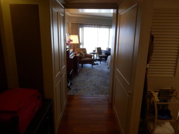 DELUXE ROOM #904