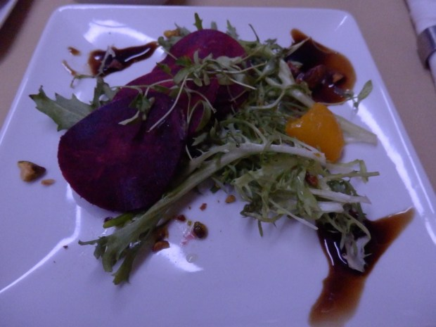 STARTER: BEET AND GOAT CHEESE RAVIOLI