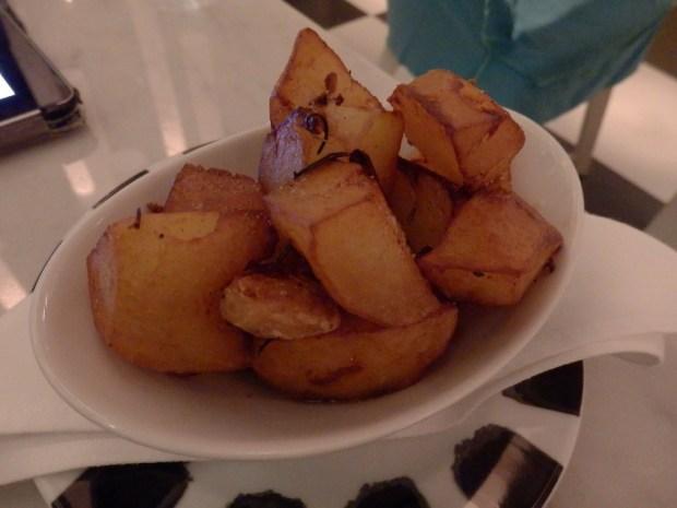LA SIRENA RESTAURANT: DINNER