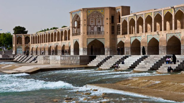 KHAJU BRIDGE, ISHAFAN, IRAN