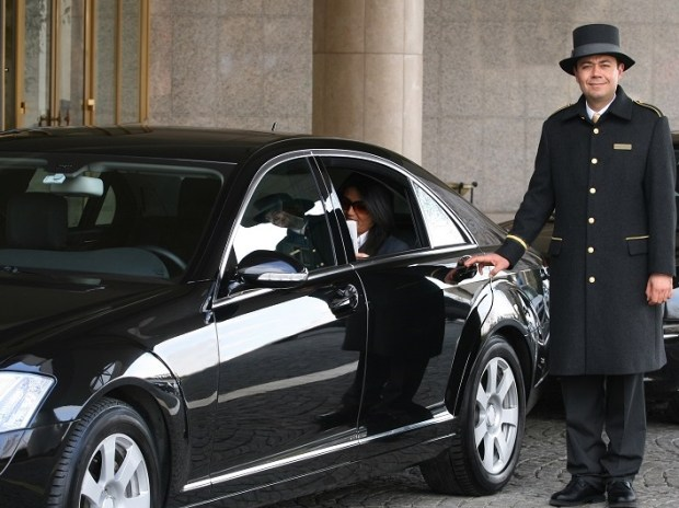 ETIHAD AIRWAYS - COMPLIMENTARY CHAUFFEUR SERVICE
