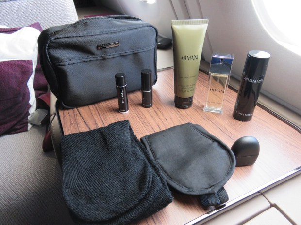 QATAR AIRWAYS - AMENITY KIT