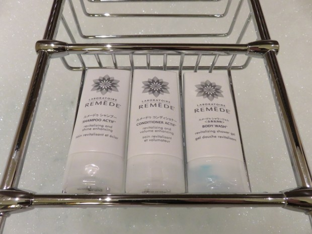 GRAND DELUXE PREMIER ROOM: BATHROOM AMENITIES