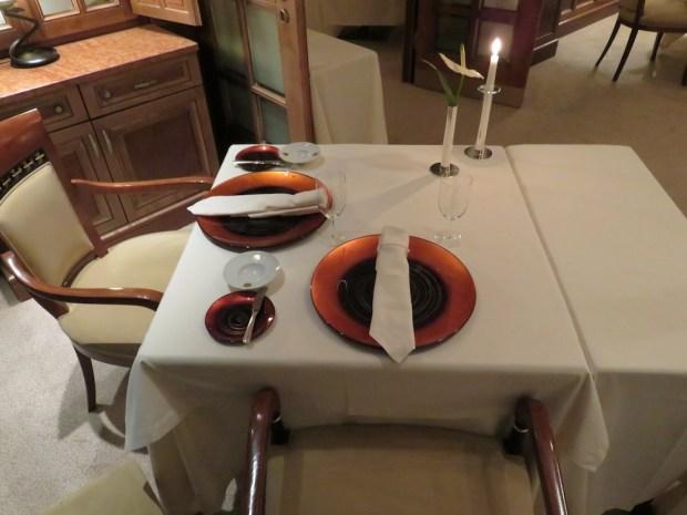 DINNER AT ES FUM RESTAURANT