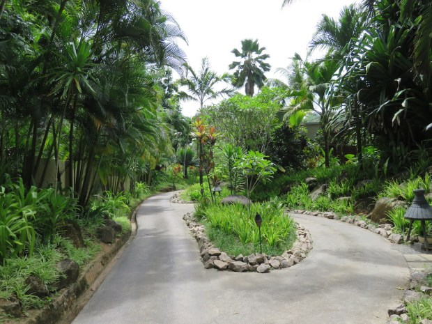 GARDENS & RESORT GROUNDS
