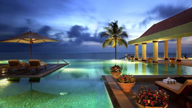 TIPS FOR AFFORDABLE LUXURY TRAVEL IN 2017