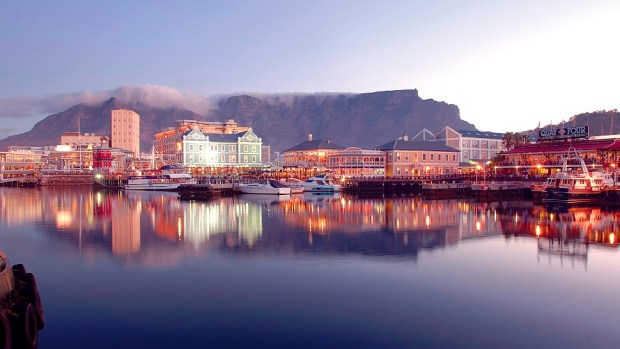 FALL IN LOVE WITH CAPE TOWN