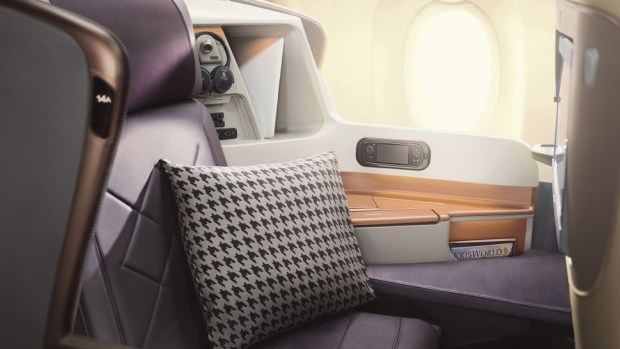 FLYING BUSINESS CLASS ON A SINGAPORE AIRLINES A350