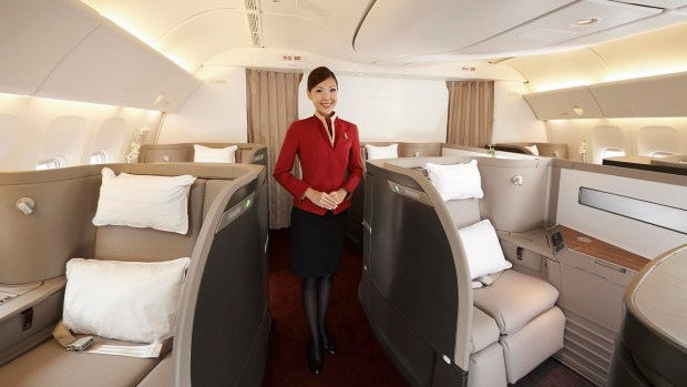 FLYING FIRST CLASS IN A CATHAY PACIFIC BOEING 777-300ER