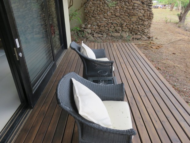 LUXURY ROOM: OUTDOOR DECK