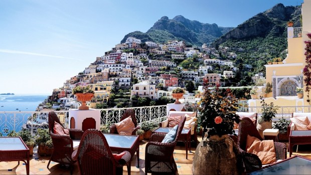 VISITING THE AMALFI COAST AND CAPRI ISLAND IN ITALY