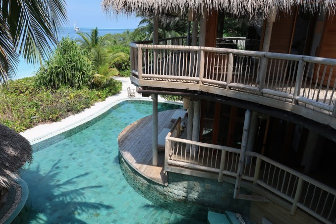 JUNGLE RESERVE: UPPER FLOOR WITH TWO BEDROOMS