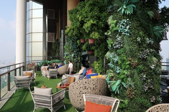 BANYAN TREE BANGKOK: SAFFRON SKY GARDEN