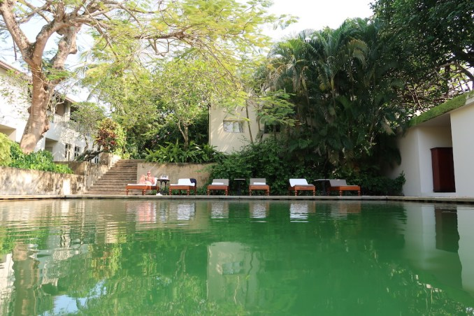 AMANGALLA SWIMMING POOL
