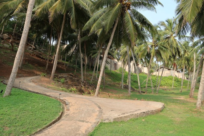 AMANWELLA: PATH TO BEACH CLUB