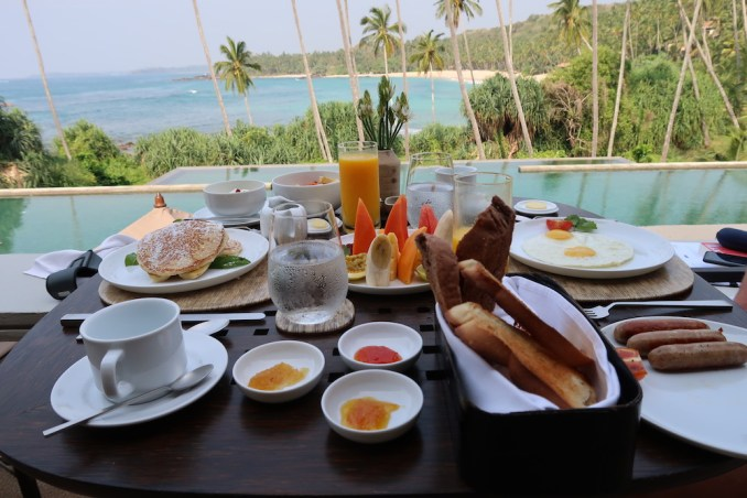 AMANWELLA: BREAKFAST