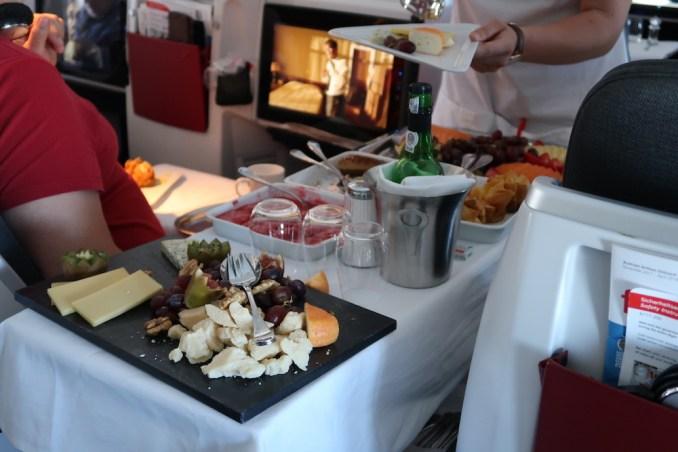 AUSTRIAN AIRLINES BUSINESS CLASS LUNCH: DESSERT & CHEESE