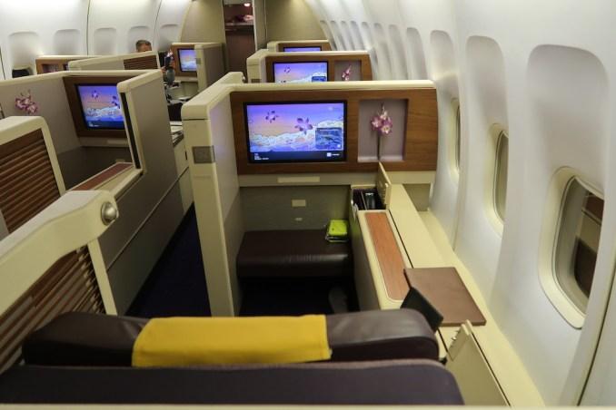 THAI AIRWAYS B747 FIRST CLASS CABIN