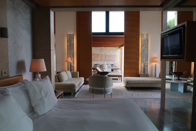 AMANZOE POOL PAVILION: BEDROOM
