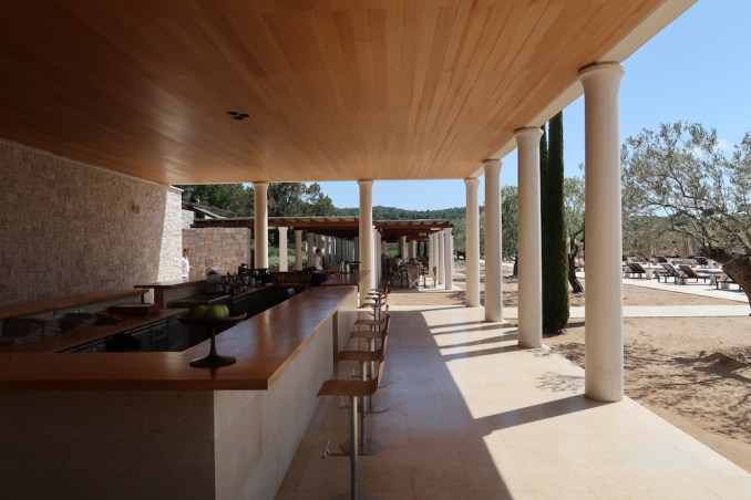 AMANZOE BEACH CLUB: BAR