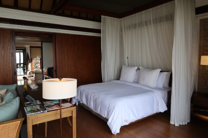 PREMIER OCEAN VILLA - BEDROOM