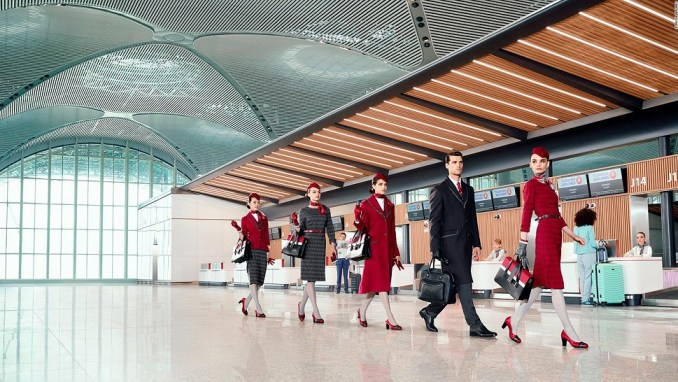 TURKISH AIRLINES INTRODUCES NEW CABIN UNIFORMS