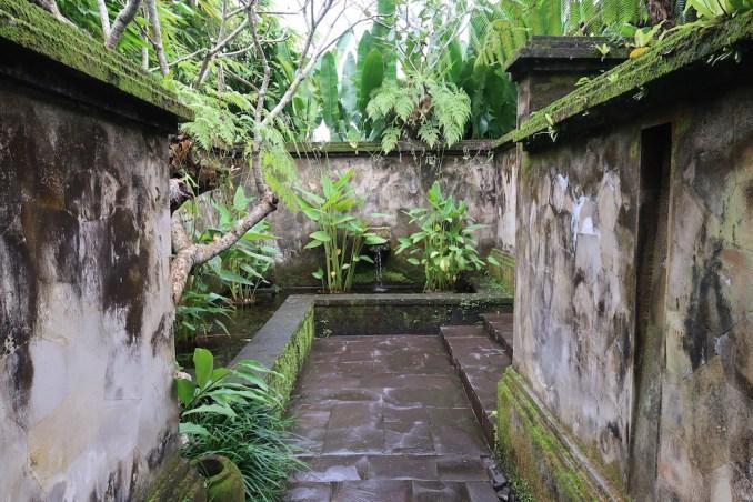 MANDAPA: ONE BEDROOM POOL VILLA - ENTRANCE
