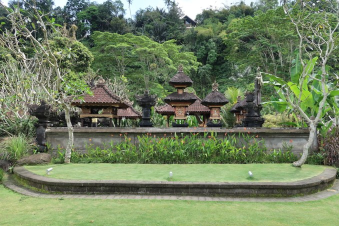 MANDAPA: RESORT GROUNDS - HINDU TEMPLE