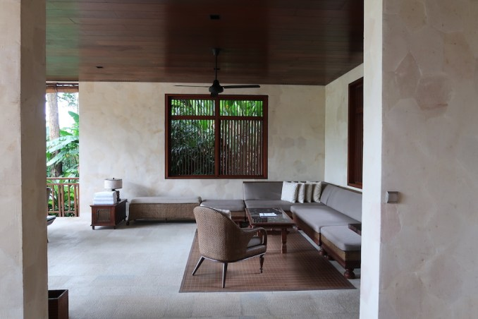 FOUR SEASONS SAYAN: ONE BEDROOM VILLA - LIVING AREA