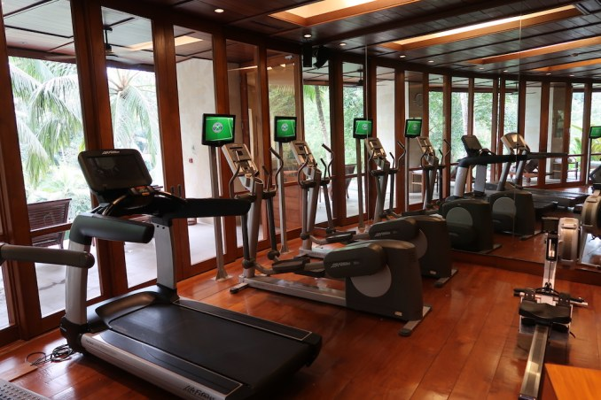 FOUR SEASONS SAYAN: GYM