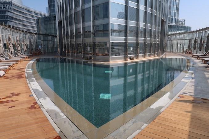 ARMANI HOTEL DUBAI: POOL DECK
