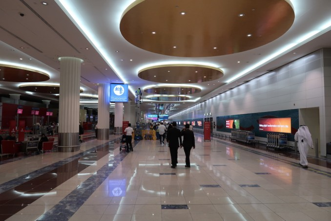 DUBAI AIRPORT TERMINAL 3: PREMIUM CHECK-IN AREA